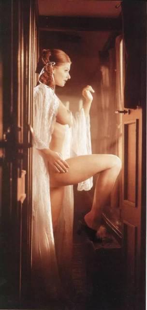 Ullmann Mónika erotikus fotó